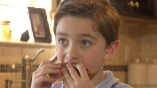 Download Boy With Severe Food Allergy Can Only Eat 7 Foods | Good Morning America | ABC News Video