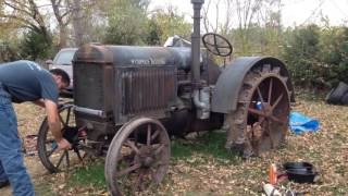 Download 1929 McCormick Deering 10-20 Video