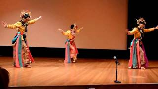 Download traditional indonesian dance - ngarojeng Video