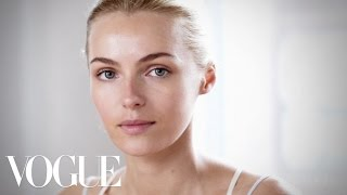 Download How to Get Sun-kissed Skin Makeup Tutorial with Wendy Rowe - The Monday Makeover - Vogue Video
