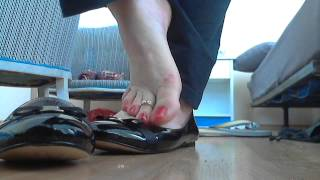 Download dipping flats shoeplay.wmv Video