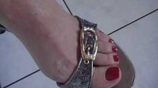 Download Sexy bare feet and walking on toes by Aga Video
