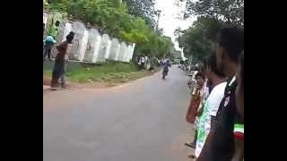 Download Bike Stunts In Sri Lanka [Hunumulla] #bikestunts #srilanka Video