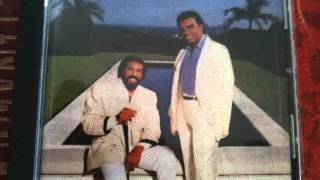Download The Isley Brothers - Somebody I Used to Know Video