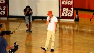 Download Kenny Chesney Suprises Celina High School 9/25/2010 Video