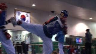 Download Olympics: S. Korea's Lee weighs cost of taekwondo gold Video