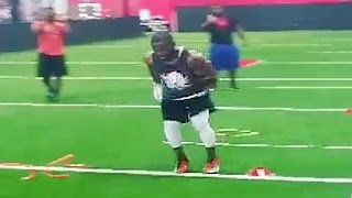 Download Andrew Hawkins Shows off CRAZY Foot Speed Video