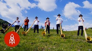 Download Battle of the Alpine Horns Video