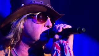 Download Def Leppard - Let It Go (Live) [2013] Video
