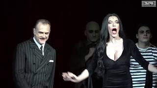 Download Cuando eres Addams -La Familia Addams- (Barcelona Teatre Coliseum) Video