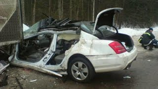 Download MERCEDES BENZ CRASH Compilation - Best Mercedes Accident ML E CL CLS S GL Part.7 Video