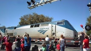 Download Amtrak Train Separates Strawberry Parade In Half Video