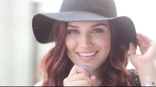 Download Brisa Carrillo - Seguiré Bailando Video