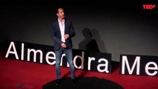 Download Prevención del acoso escolar | Enrique Pérez-Carrillo de la Cueva | TEDxAlmendraMedieval Video
