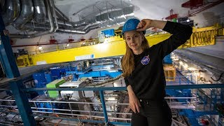 Download Simone Giertz Goes to CERN! Video