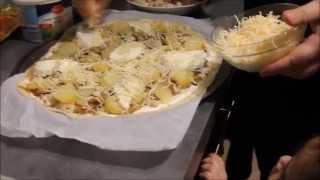 Download pizza au saumon fumé et pizza au poulet Video