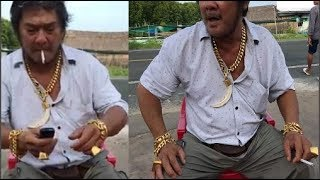 Download Người Đàn Ông Đeo Gần 200 Cây Vàng Xuất Hiện Giữa Đường Nhìn Mà Choáng Video