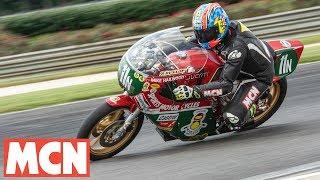 Download Mike Hailwood Replica on-board lap | Motorcyclenews Video