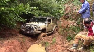Download Jeep Wrangler JK vs Jeep GC 5.9 vs Land Rover Defender 90's *OFFROAD* Video