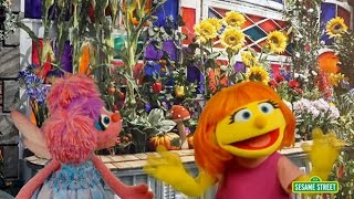 Download Meet Julia, Sesame Street's first autistic muppet Video