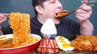 Download 항아리돼지고기김치찌개와 김치제육볶음 스팸 계란후라이가 만났다!! 밥도둑주의 리얼사운드 먹방 REAL SOUND MUKBANG SOCIAL EATING Video