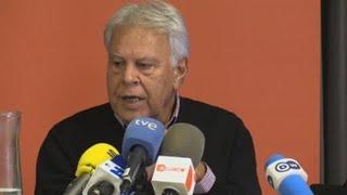 Download Felipe González defiende suspender en sus funciones al Gobierno de Cataluña Video