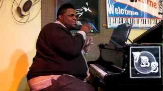Download Charles Jones plays the gospel hymn ″The Blood″ at the Valley Ragtime Stomp January 2013 Video