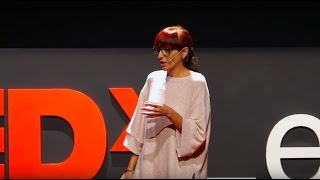 Download El grito que abate los muros | Helena Maleno | TEDxLeon Video
