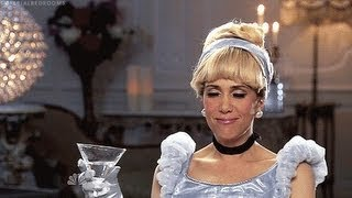 Download Kristen Wiig Funniest Impersonations Video