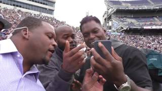 Download See Michael Robinson teach LaVar Arrington how to use his phone Video