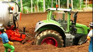 Download RC TRACTOR stuck In mud - RESCUE ACTION with RC TOYS on the MODEL FARM Video