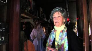 Download THE CONJURING (Die Heimsuchung) - Interview Lorraine Warren HD Video