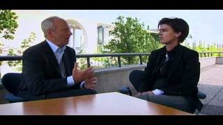 Download Justice with Michael Sandel - BBC: Justice: Collective responsibility Video