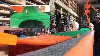 Download HOT WHEELS ″HAUNTED″ HOLE IN ONE Video