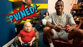 Download Antonio Brown of the Pittsburgh Steelers VS. Verne Troyer playing Madden NFL 16 - PWNED! Video