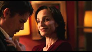 Download The Woman In The Fifth - Official Trailer Video