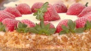 Download Buddy Valastro's Strawberry Milkshake Cake & Mocha Cake Video