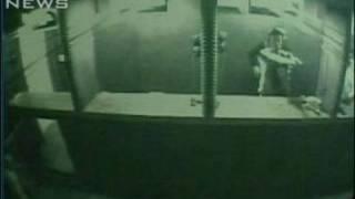 Download 防犯カメラの映像公開 韓国・釜山の射撃場火災(09/11/30) Video