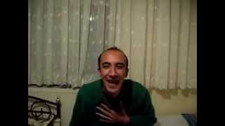 Download Hunharca gülen adam Video