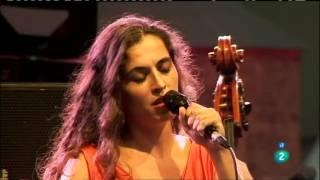 Download Silvia Perez Cruz - Por tu amor me duele el aire (2015) Video