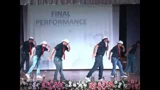 Download World's best funny dance ever performed by Employe Video