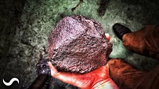 Download CAN YOU FORGE A METEORITE!? Video