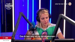 Download Julie heeft zes minuten lang de slappe lach 😂 Video