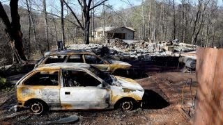 Download 10 dead in Tennessee wildfires Video