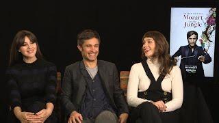 Download Gael García Bernal, Monica Bellucci & Lola Kirke on ″Mozart in the Jungle″ Season 3 Video
