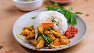 Download Set Ayam Goreng Kunyit Meletop dengan Sambal Belacan & Sup Kosong Video