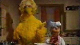 Download Swedish Chef making Christmas dinner (with Big Bird) Video