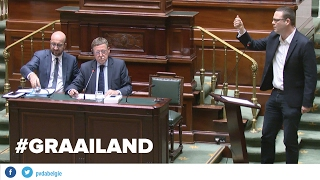 Download Raoul Hedebouw (PVDA) veegt graaier Siegfried Bracke de mantel uit in Kamer Video