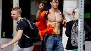 Download Shirt STOLEN While Talking to College Girls (BEST PICKUP LINE EVER) Video
