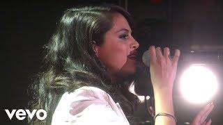 Download Selena Gomez - Same Old Love (Live On Ellen) Video